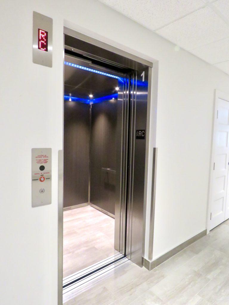 ascenseur del bleu